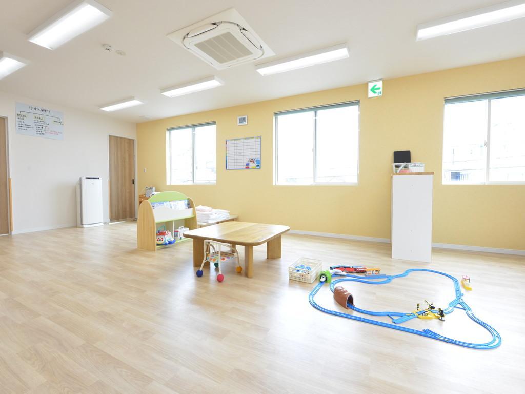 病 児 保育